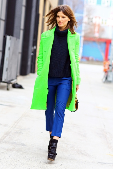 HANNELI-MUSTAPARTA-GREEN-COAT-PHIL-OH-STREETPEEPER