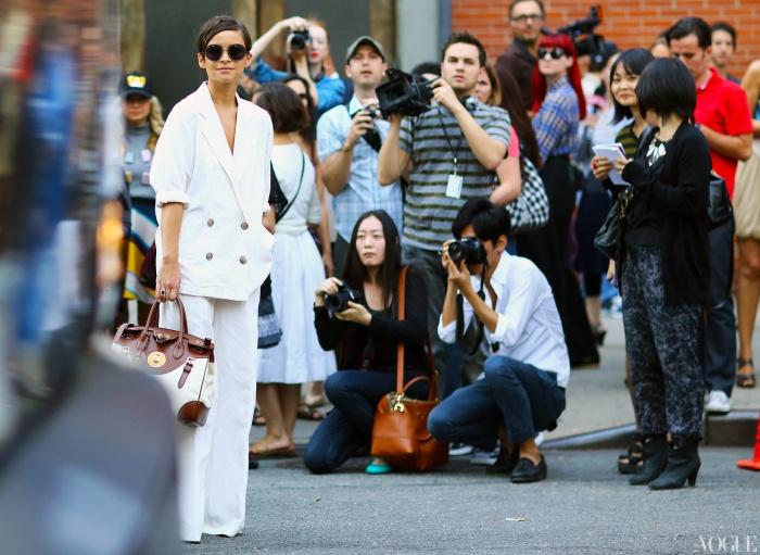 miroslava-duma-white-suit-ralph-lauren-bag-new-york-fashion-week-spring-2013-street-style